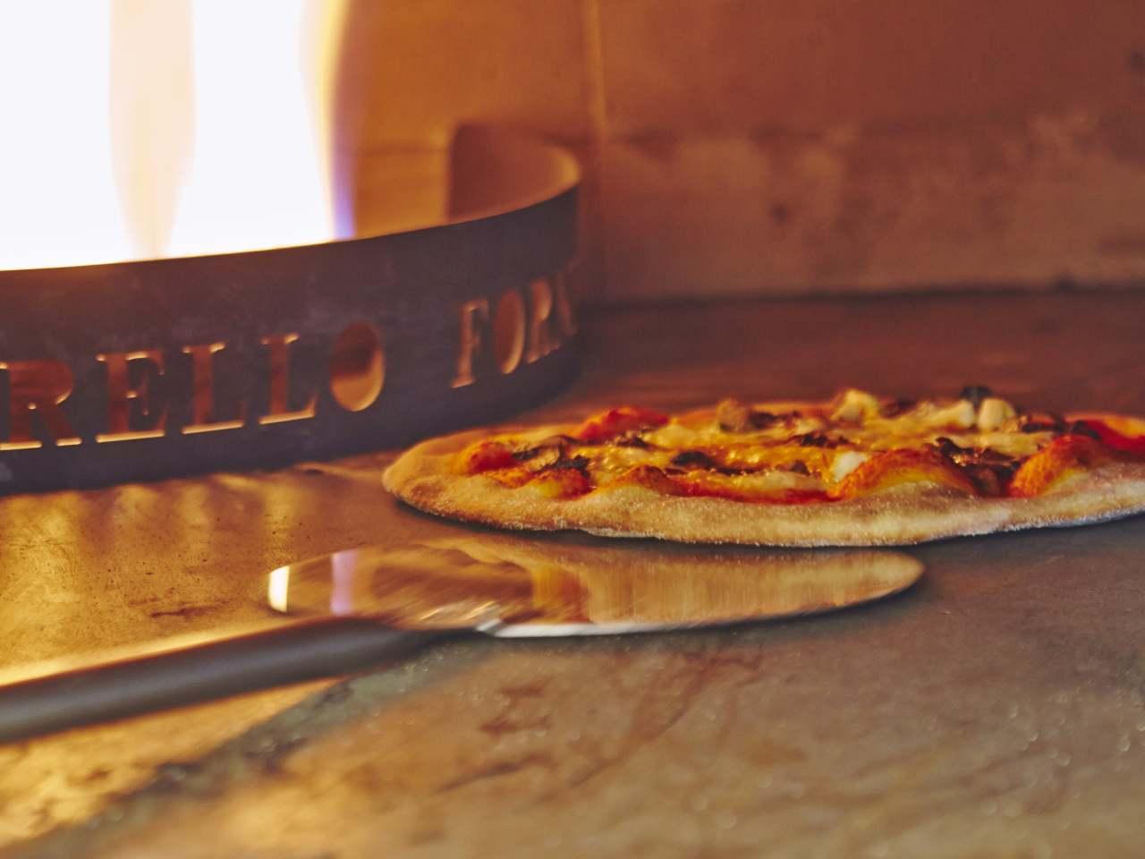 Kelly's Cafe Driangh Wexford Fresh Pizzas